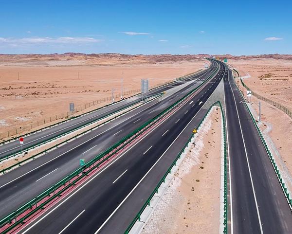 高速护栏板规格