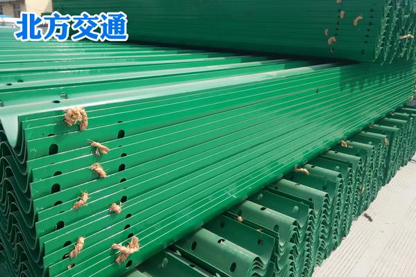 重庆高速护栏板生产厂家
