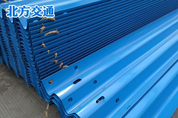 内蒙古高速护栏板生产厂家
