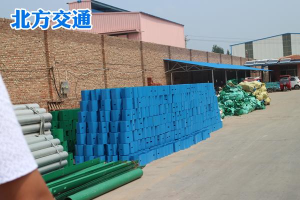 黑龙江高速护栏板防阻块