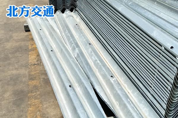 山东高速护栏板厂家