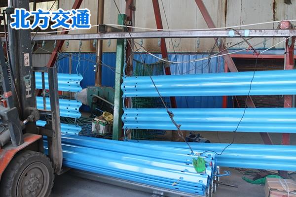 内蒙古高速护栏板厂家