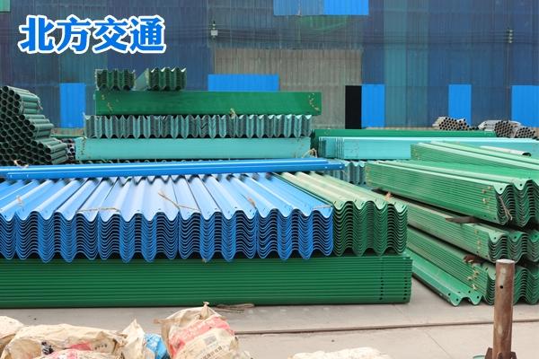 湖北高速护栏板生产厂家