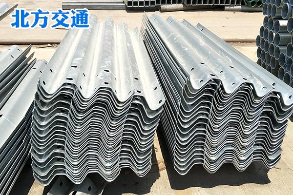 宁夏高速护栏板生产厂家